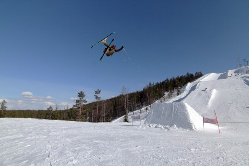 Joona Kangas shootingsome stuff at Snowpark Levi.